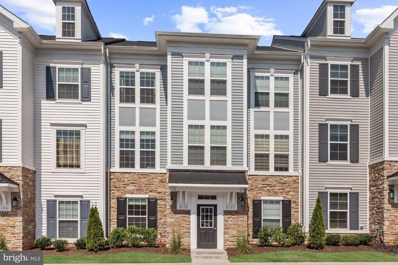 8106 Essex Grove Way UNIT 9, Manassas, VA 20111 - #: VAPW475282