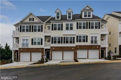 13937 Hollow Wind Way UNIT 201, Woodbridge, VA 22191 - #: VAPW518060