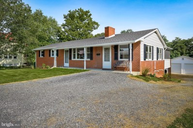 121 S Summit Avenue, Woodstock, VA 22664 - #: VASH120212