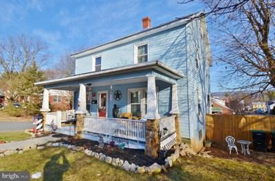 158 N Muhlenberg Street, Woodstock, VA 22664 - #: VASH121536