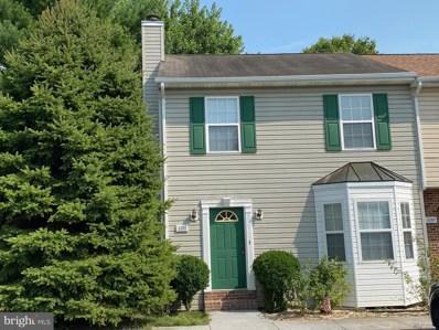 1205 Julie Court, Woodstock, VA 22664 - #: VASH2000354