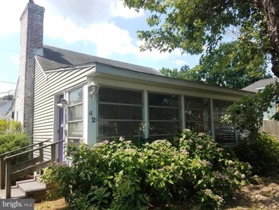42 Virginia Avenue, Colonial Beach, VA 22443 - #: VAWE114798