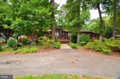 324 Cedar Lane, Colonial Beach, VA 22443 - #: VAWE114904