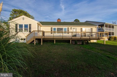 204 Monroe Bay Avenue, Colonial Beach, VA 22443 - #: VAWE115428