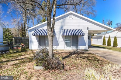 25 7TH Street, Colonial Beach, VA 22443 - #: VAWE117918