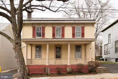715 S Cameron Street, Winchester, VA 22601 - #: VAWI113764