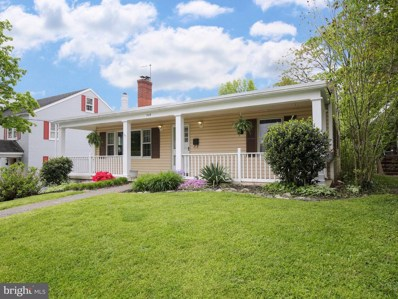335 W Whitlock Avenue, Winchester, VA 22601 - #: VAWI114436