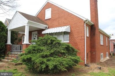 414 Warren Avenue, Front Royal, VA 22630 - #: VAWR136472