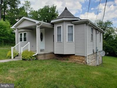 1343 Warren Avenue, Front Royal, VA 22630 - #: VAWR136736