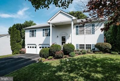 520 Lewis Street, Front Royal, VA 22630 - #: VAWR136992