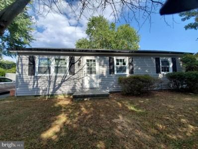615 Massanutten Avenue, Front Royal, VA 22630 - #: VAWR138204