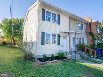 312 12TH, Front Royal, VA 22630 - #: VAWR138362