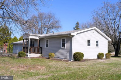 233 Youngs Drive, Front Royal, VA 22630 - #: VAWR138730