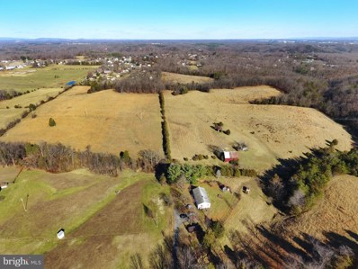 224 Robinson Road, Front Royal, VA 22630 - #: VAWR139212