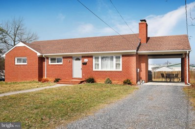 517 W 14TH Street, Front Royal, VA 22630 - #: VAWR139470