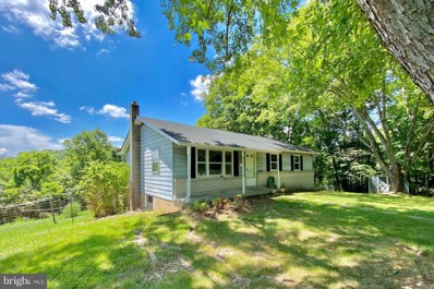 60 Laing Road, Front Royal, VA 22630 - #: VAWR140098