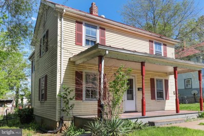 446 Hill Street, Front Royal, VA 22630 - #: VAWR140196