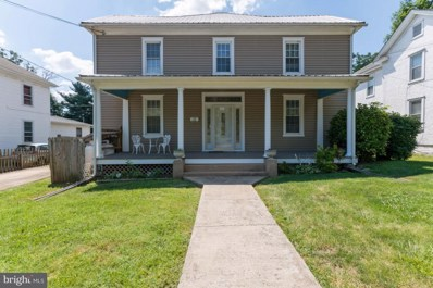 112 Luray Avenue, Front Royal, VA 22630 - #: VAWR140718