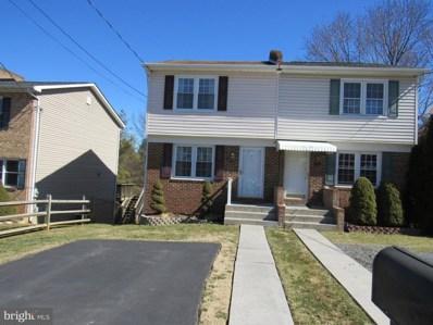 827 N Shenandoah Avenue, Front Royal, VA 22630 - #: VAWR142820