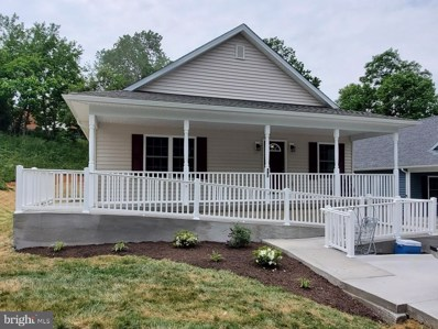 950 Virginia Avenue, Front Royal, VA 22630 - #: VAWR143012