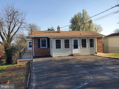 124 Steele Avenue, Front Royal, VA 22630 - #: VAWR143246