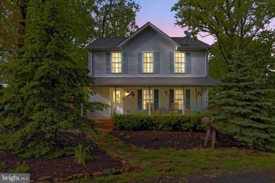 43 Honeysuckle Lane, Front Royal, VA 22630 - #: VAWR143318