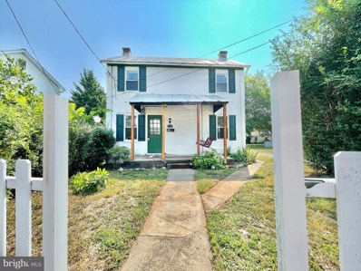 314 Pine Street, Front Royal, VA 22630 - #: VAWR143462