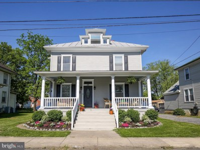 345 Blue Ridge Avenue, Front Royal, VA 22630 - #: VAWR143764