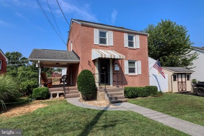 228 Polk Avenue, Front Royal, VA 22630 - #: VAWR2000412