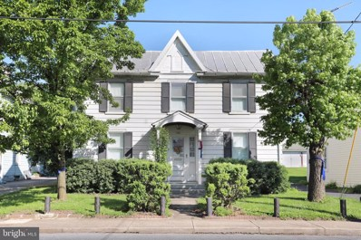 743 Winchester Avenue, Martinsburg, WV 25401 - MLS#: WVBE167822