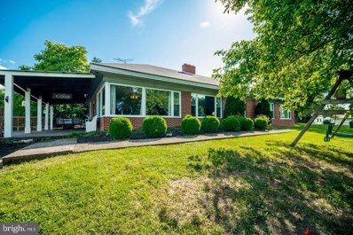 404 Overlook Drive, Martinsburg, WV 25401 - #: WVBE168720