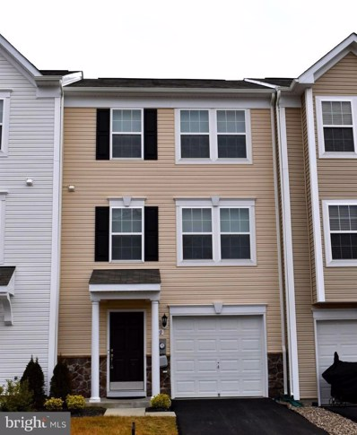 400 Rumbling Rock Road, Hedgesville, WV 25427 - #: WVBE174542