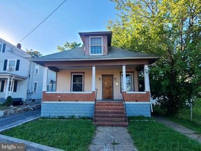 702 Porter Avenue, Martinsburg, WV 25401 - #: WVBE2003076
