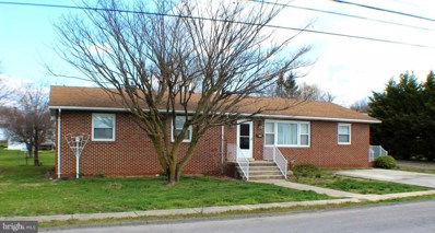 308 Central Avenue, Moorefield, WV 26836 - #: WVHD104990