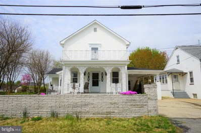 637 Jefferson Avenue, Charles Town, WV 25414 - #: WVJF134702