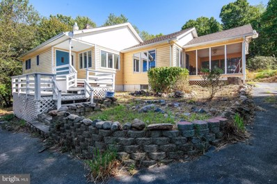 82 Persimmon Pear, Harpers Ferry, WV 25425 - #: WVJF136864