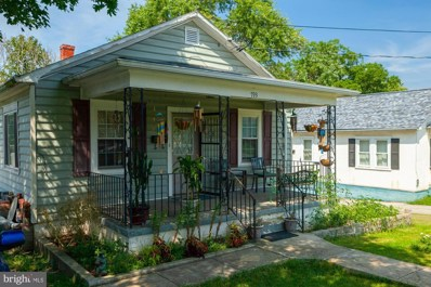793 Jefferson Avenue, Charles Town, WV 25414 - #: WVJF141152