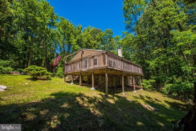 618 Roberts Lane, Great Cacapon, WV 25422 - #: WVMO115506