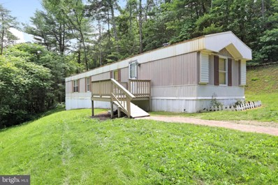 37 Tom Cobert Lane UNIT + LOT 5, Berkeley Springs, WV 25411 - #: WVMO115562