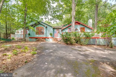 406 Mill Farm Trail, Berkeley Springs, WV 25411 - #: WVMO115578