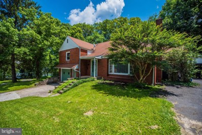 325 Fairfax Street, Berkeley Springs, WV 25411 - #: WVMO115604