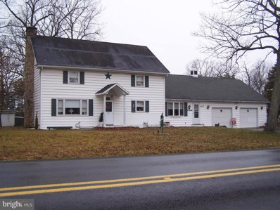 2403 Fairview Drive, Berkeley Springs, WV 25411 - #: WVMO116482