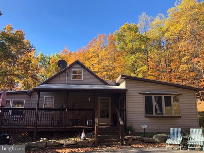 455 Roberts Lane, Great Cacapon, WV 25422 - #: WVMO116674