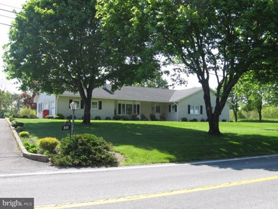 820 Fairview Drive, Berkeley Springs, WV 25411 - #: WVMO116850