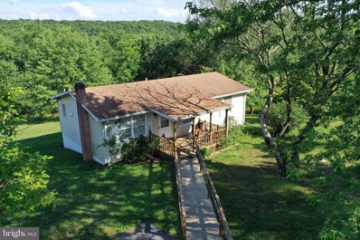 1325 Apple Orchard Circle, Berkeley Springs, WV 25411 - #: WVMO117130
