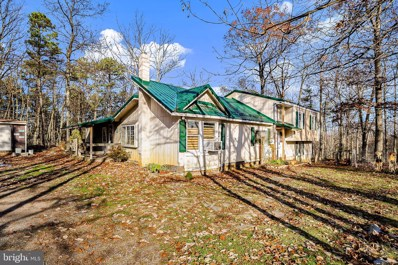 22 Justin Road, Great Cacapon, WV 25422 - #: WVMO117636