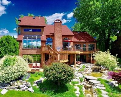 10785 Oxbow Lakeshore Dr, White Lake, MI 48386 - MLS#: 21305710