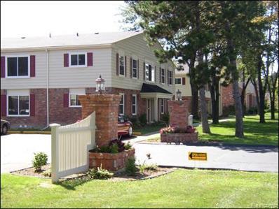 733 W Maple Rd. Rd UNIT 722 17, Clawson, MI 48017 - MLS#: 21404106