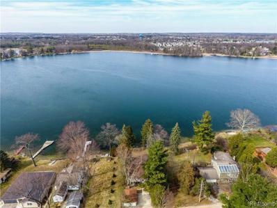636 Knollwood Dr, Lake Orion, MI 48362 - MLS#: 21413812