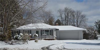 843 Pine Tree Rd, Lake Orion, MI 48362 - MLS#: 21419016